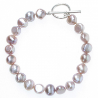 Mauve Pink Pearl Bracelet