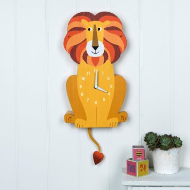 Charlie The Lion Wooden Wall Clock Lifestyle