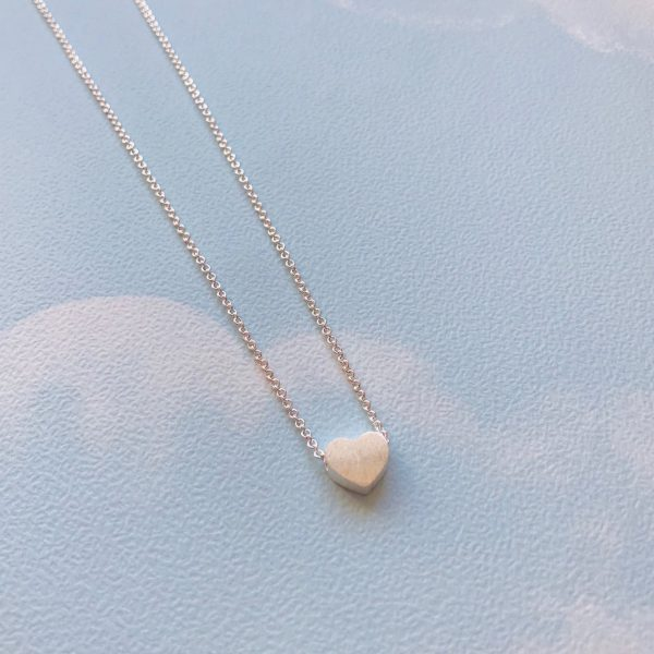 silver_heart_pendant_love