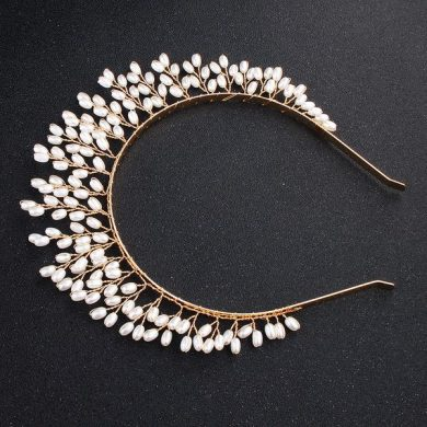pearl goddess crown