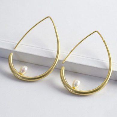 Gold Teardrop Pearl Hoop Earrings
