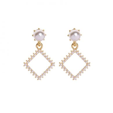 Pearl Square Drop Earring